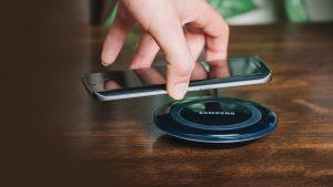 Telefoane compatibile cu incarcarea wireless