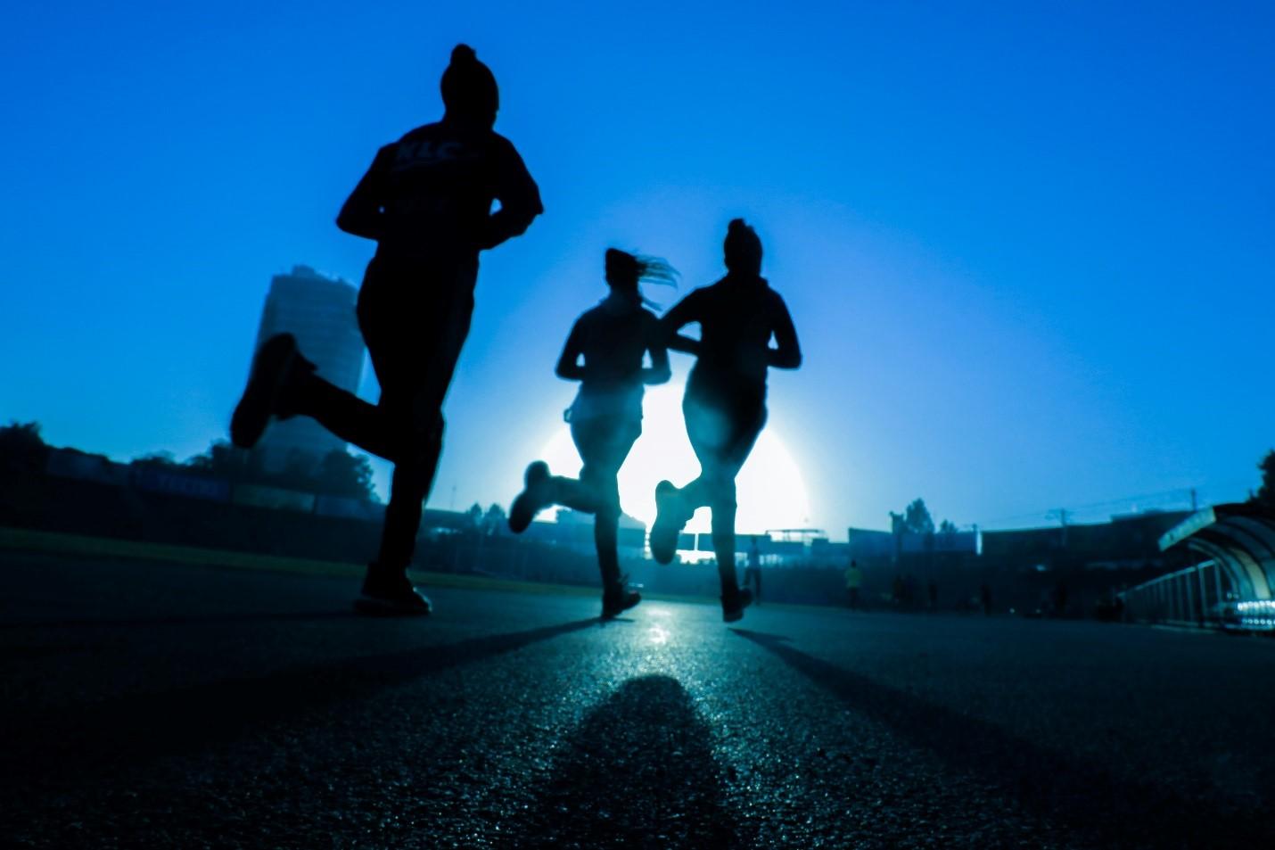 beneficiile alergatului